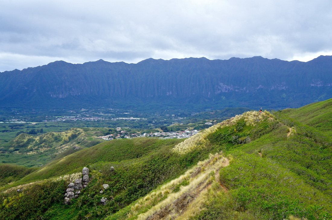 Koolau Mountain Range as seen from Lanikai Pillboxes Hike in Oahu, Hawaii