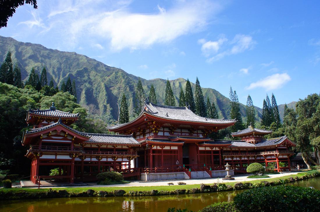 Byodo-In Temple in Oahu