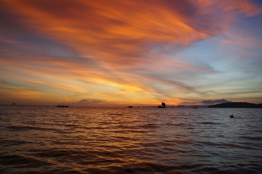 Sunsets in Thailand were amazingly spectacular. We could not believe that the colors the sky could turn. There is no photo-shopping here. The entire sky was first red, orange and blue after which it turned purple.