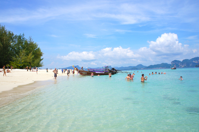 Beaches in Thailand are generally beautiful. White sand and crystal blue water. Unfortunately they are also a bit crowded but that's what happens with any popular place. We don't mind sharing nature with other people :-).